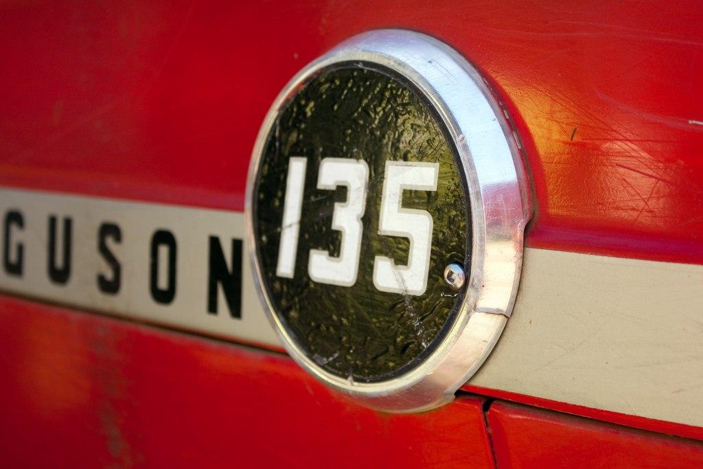 Filered Massey Ferguson 135g Wikimedia Commons