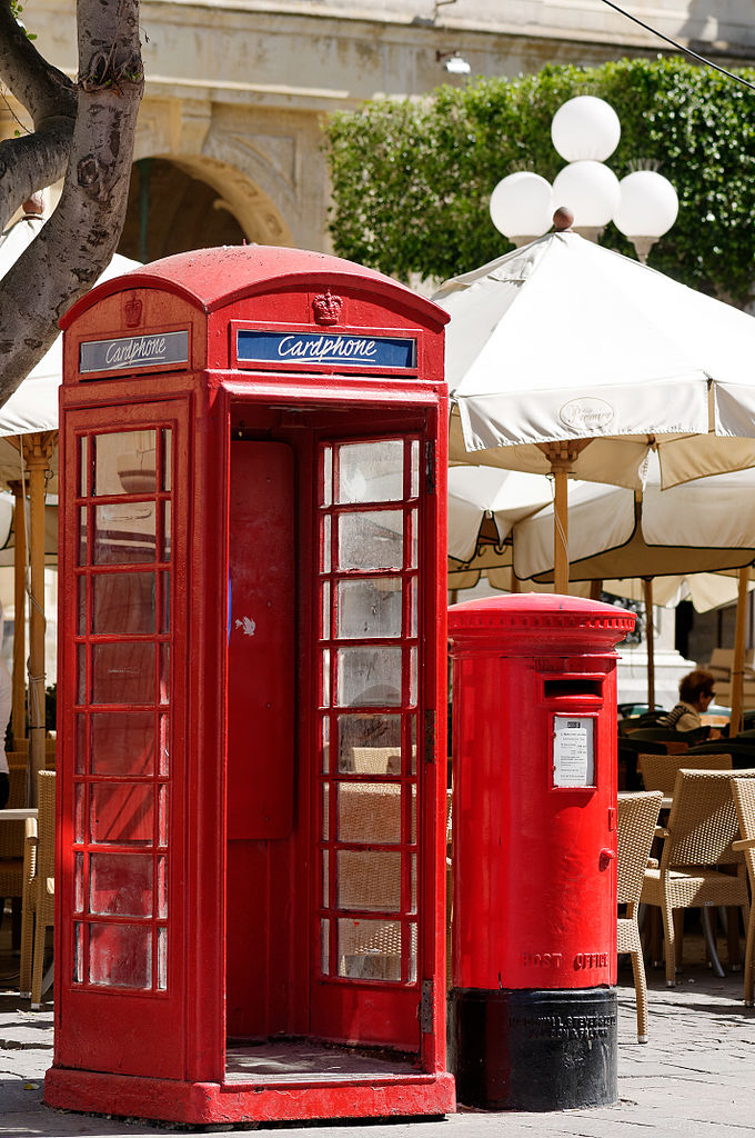 file red telephone box and post box misrah ir repubblika wikimedia commons. Black Bedroom Furniture Sets. Home Design Ideas