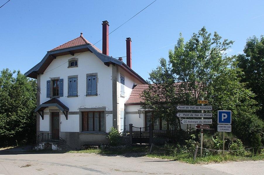 Ancienne mairie à Renédale (Doubs).