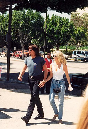 Heather Locklear - Locklear with Richie Sambora in 1994