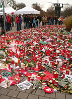 Tributes at AWD-Arena in Hannover Robert Enke Trauerstelle.jpg