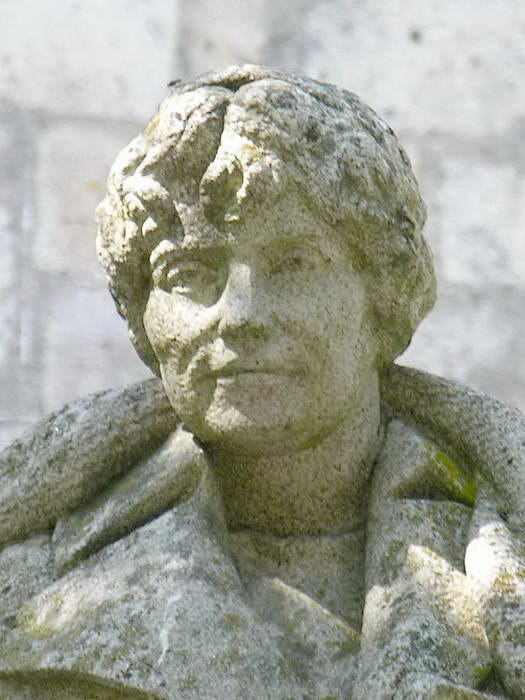 Estatua en Padrón.