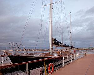 Bloodhound (yacht)