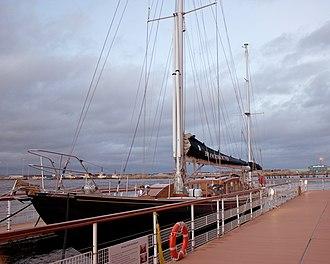 Bloodhound (yacht) - Image: Royal Yacht Bloodhound (6615728453)