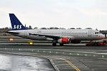 SAS, OY-KAS, Airbus A320-232 (39925583614).jpg
