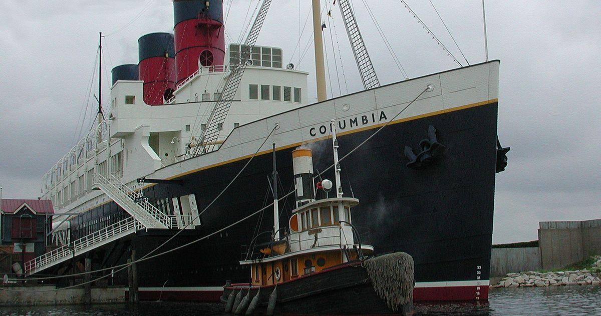 SS Columbia at Tokyo DisneySea.jpg