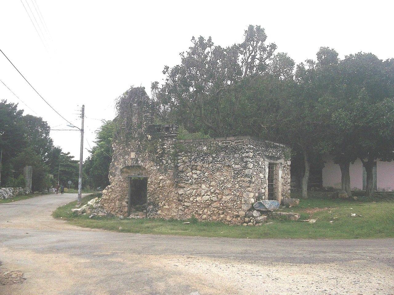 File:Sahcabá (Hocabá), Yucatán (06).jpg
