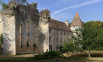 Vienne - Image: Saint Martin l'Ars 86 Abbaye la Réau Vue SW 2012