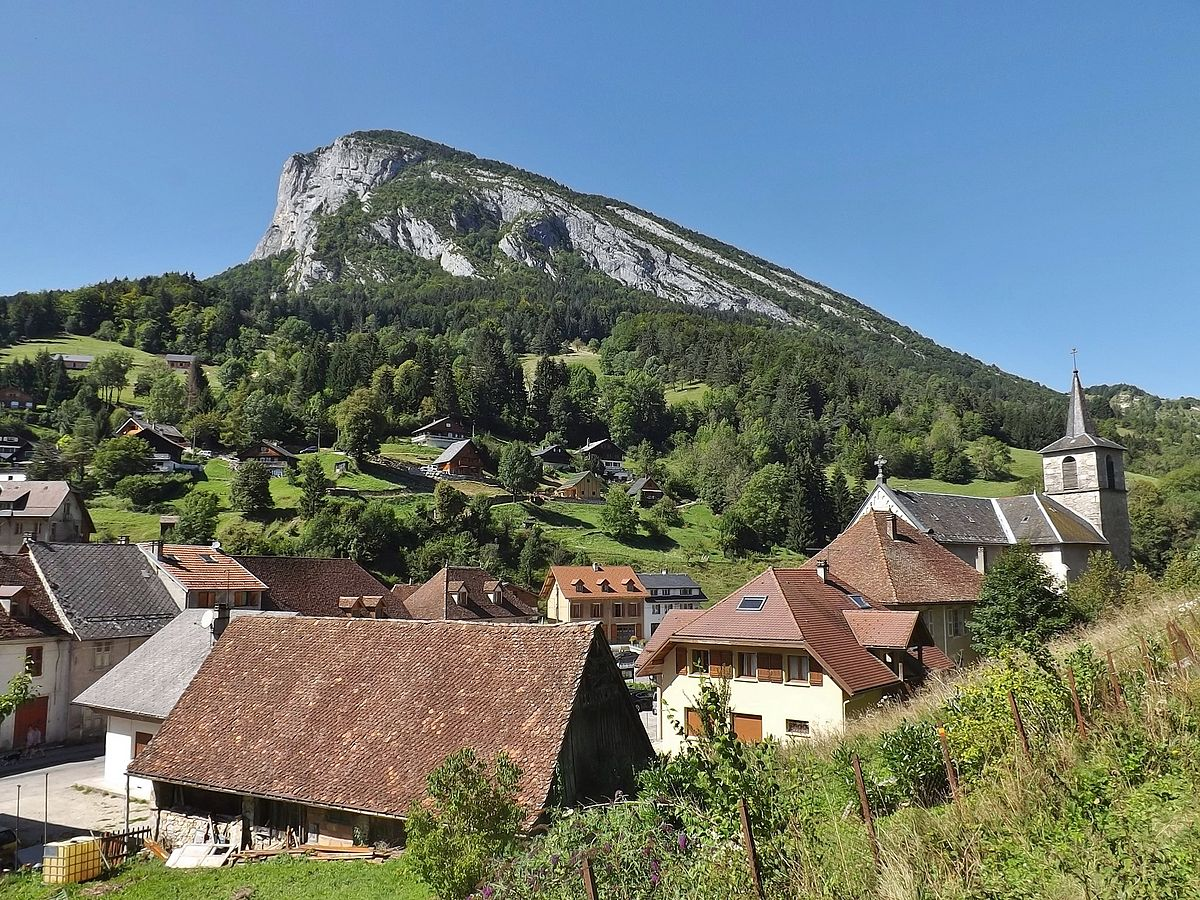Saint pierre d 39 entremont savoie wikip dia - Office du tourisme st pierre de chartreuse ...