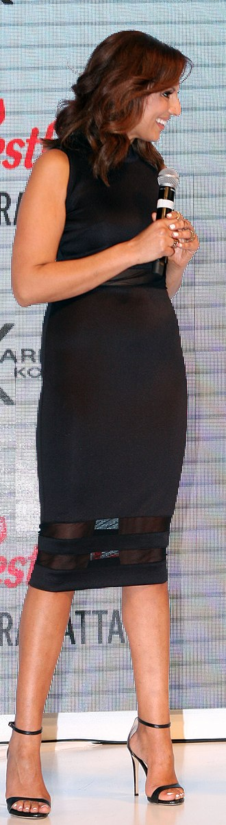 Hobble skirt - Long pencil skirts considered as a modern variation of the old hobble style