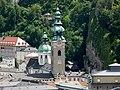 Salzburg Stiftskirche St Peter vom Mönchsberg.jpg