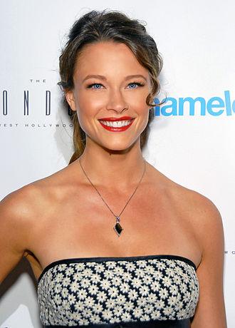 Angel of Death (NCIS) - Scottie Thompson guest starred as Jeanne Benoit, Tony's girlfriend throughout the season.