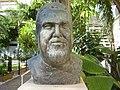 Sculpture of Ilan Roeh in Tel Aviv.JPG