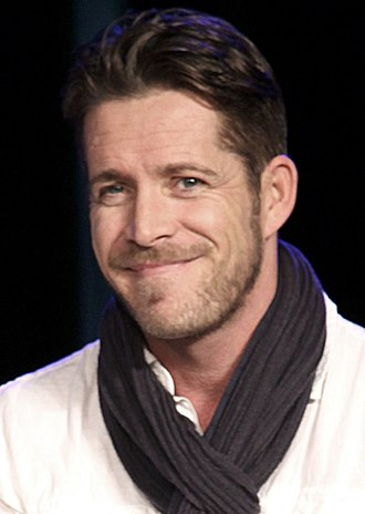 Sean Maguire - Maguire at the 2015 Paradise City Comic Con