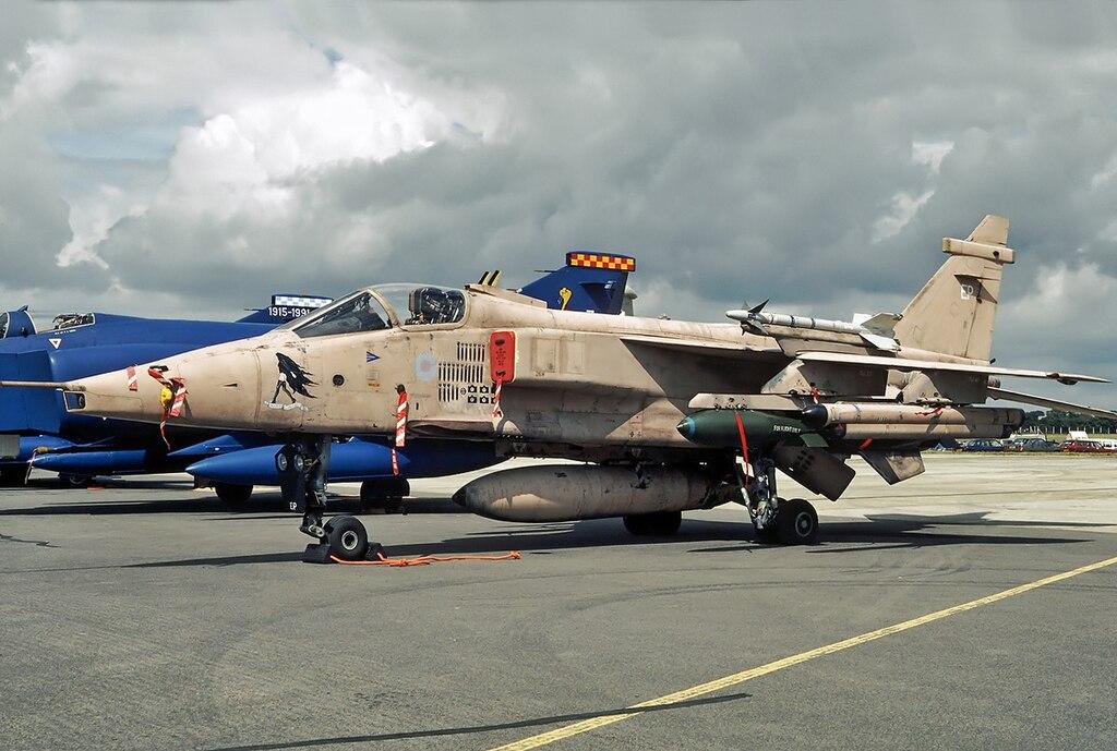 File Sepecat Jaguar Gr 3a Royal Air Force Jp6884771 Jpg