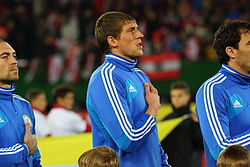 Sergey Gridin singing before match.JPG