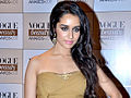 Shraddha Kapoor graces the red carpet of 'Vogue beauty awards 2011.'.jpg