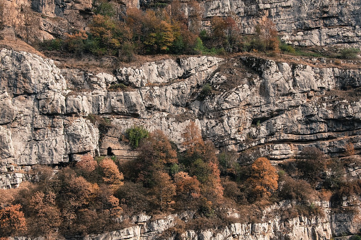 Shusha cave.jpg