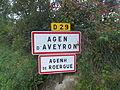 Signalisation Agen d'Aveyron-Agenh de Roergue.JPG