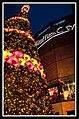 Singapore Raffles Christmas Tree-1 (6591414241).jpg