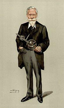 Dessin d'un homme debout habillé d'un complet, avec lunettes et barbiche blanche, qui tient dans sa main un objet en verre.