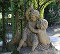 Skulptur Kinder mit Adler Hofgarten Wuerzburg-1.jpg