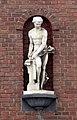Skulptur am Haus Ulmenstraße 176, Düsseldorf-Derendorf.jpg