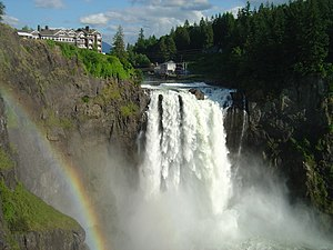 A picture of Snoqualmie Falls in mid June.
