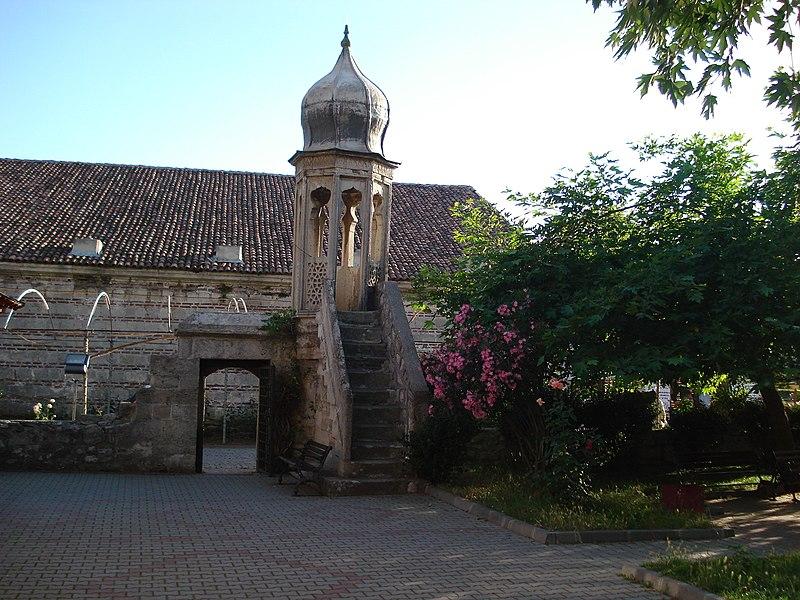 Türkiyeden ve Dünyadan Cami resimleri, resimler, cami, dini resimler 800px-Sokullu_Mehmet_Pa%C5%9Fa_Camii