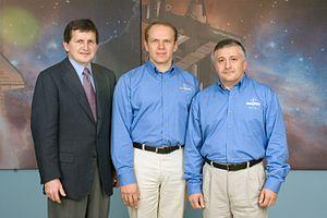 Soyuz TMA-10 - Image: Soyuz tma 10 crew