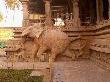 Srirangam Sculpture.jpg