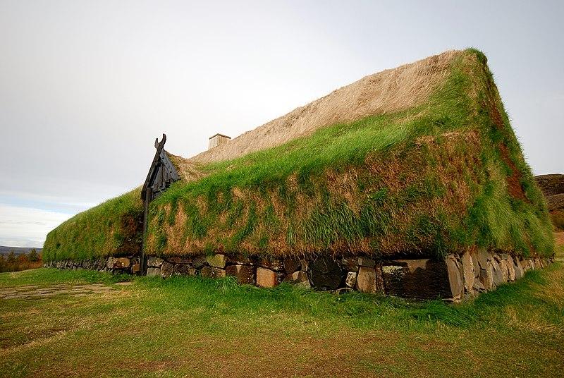 Lêer:Stöng Viking Longhouse.jpg