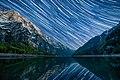 Star trails Klontalersee.jpg
