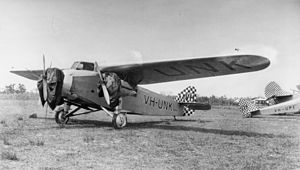 StateLibQld 1 115976 Star of Cairns, Avro 619 Five, VH-UNK, ca. 1930