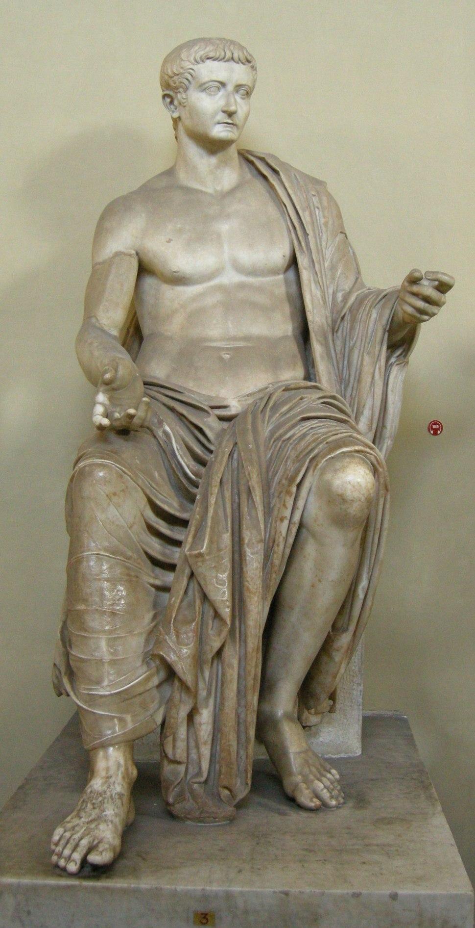 Statua di tiberio da priverno, post 37 dc.