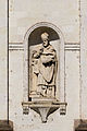 Statue de saint Augustin dans la façade de l'église Saint-Étienne, Rennes, France.jpg