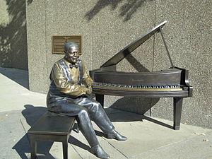 Ruth Abernethy - A statue by Abernethy