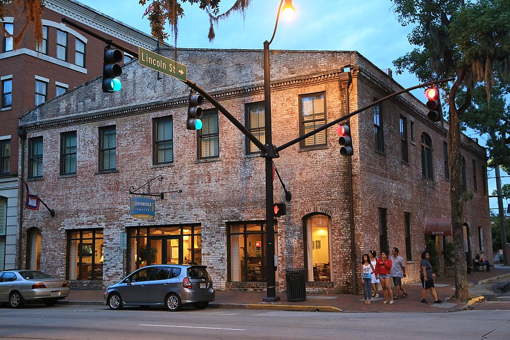 file staybridge suites savannah historic district 301. Black Bedroom Furniture Sets. Home Design Ideas
