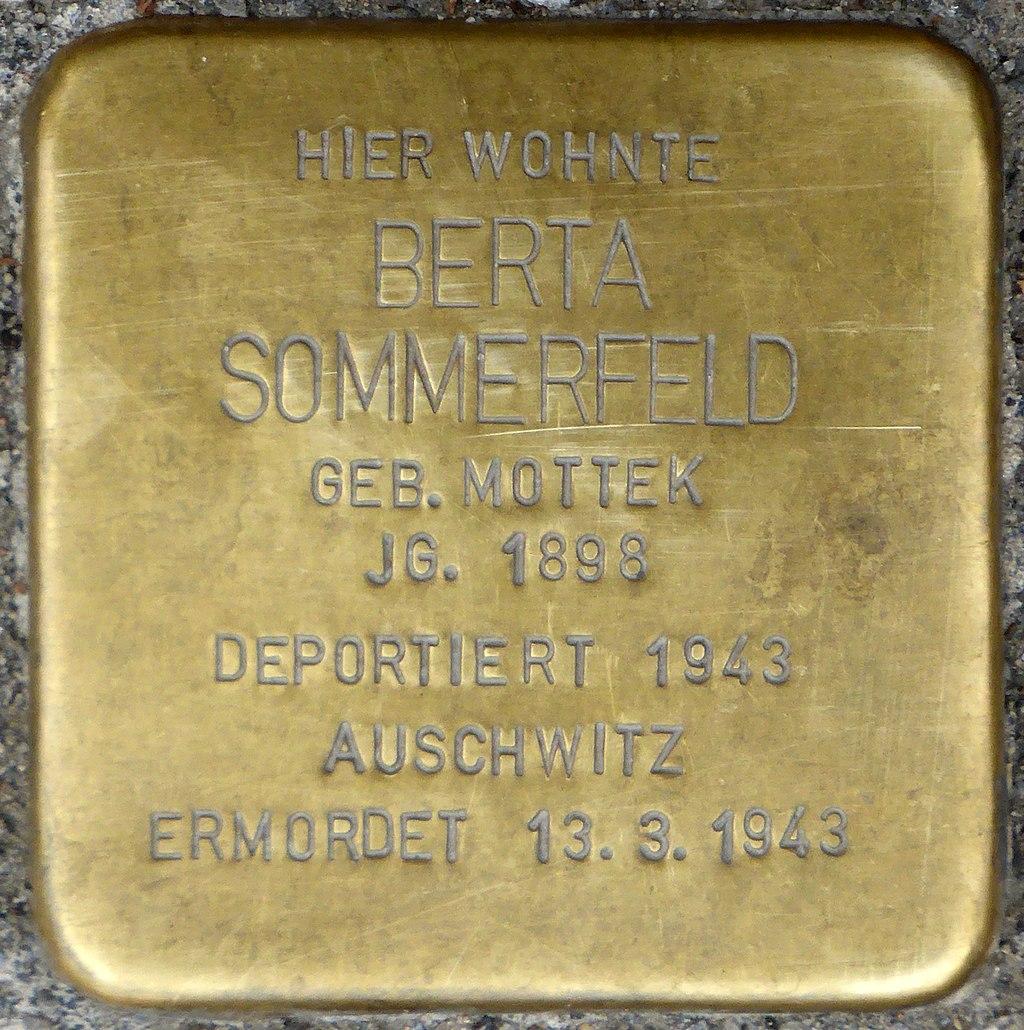Stolperstein für Berta Sommerfeld (Steinweg 81)