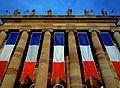 Strasbourg, Opéra du Rhin, pavoisement du 11 novembre 2012.JPG