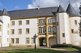 Sanem Castle - Image: Suessem Schlass 02