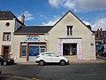 Sully-sur-Loire-FR-45-commerce-b1.jpg