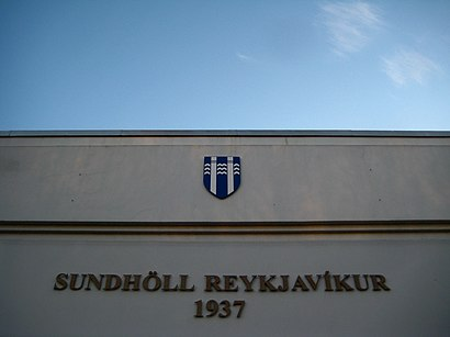 How to get to Sundhöll Reykjavíkur with public transit - About the place