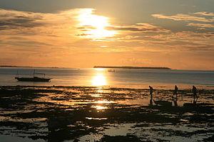 Hilotongan - View looking west, sunset behind Hilotongan