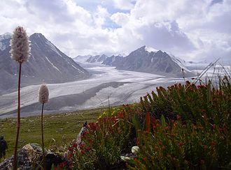 Tavan Bogd - The Tavan Bogd Mountains and glaciers