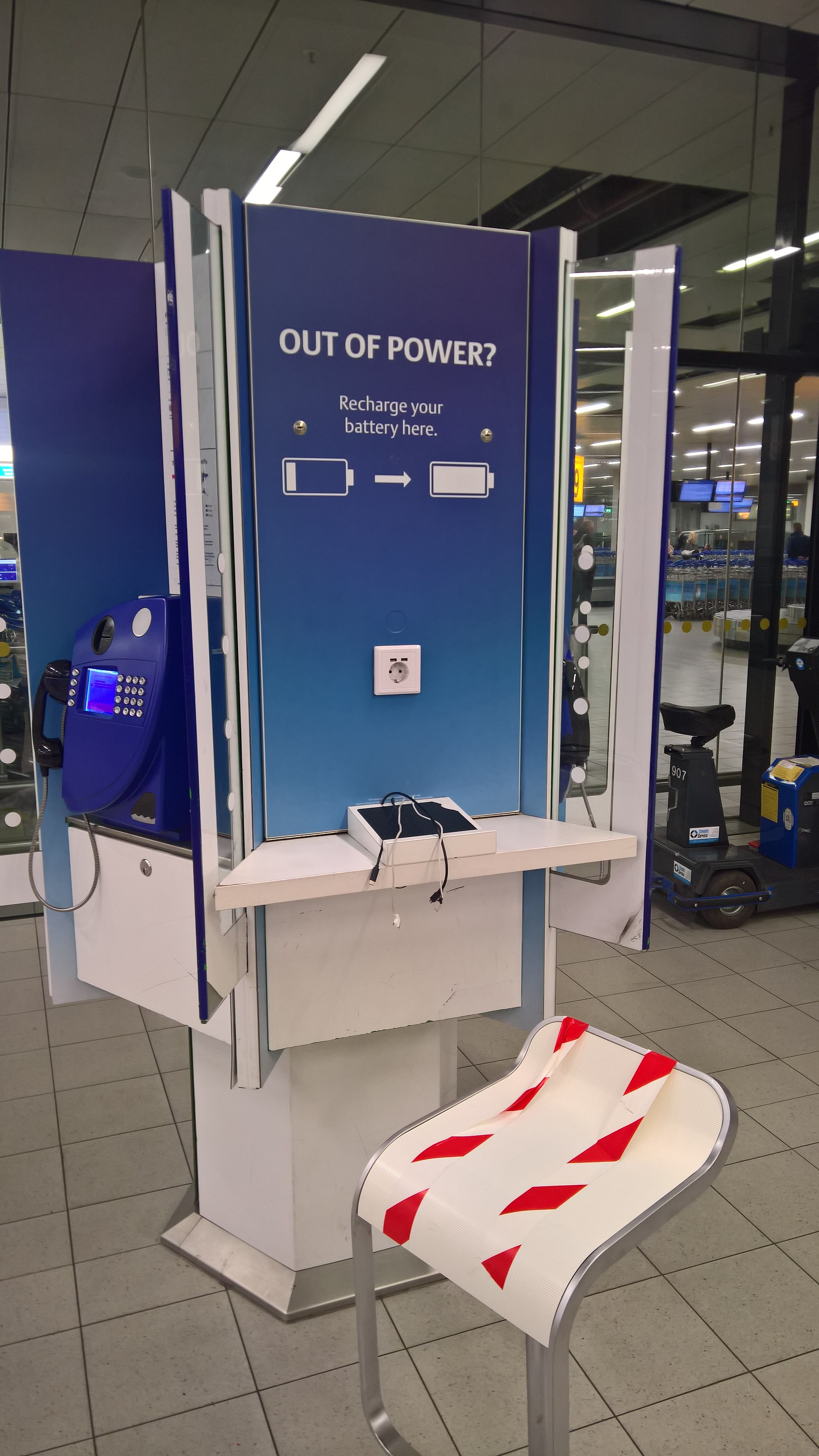 Filetelephone And Mobile Telephone Charging Station Schiphol 2018