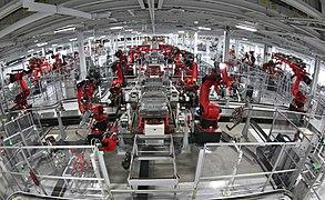 Tesla Motors Assembly Line (6858583426).jpg