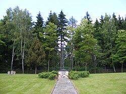Teun1447 Polenfriedhof.JPG