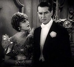 The Merry Widow (1934) trailer 2.jpg