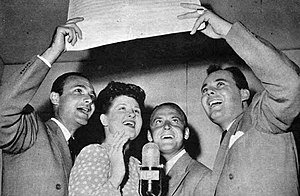 Jo Stafford - The Pied Pipers in 1944. Pictured here are Charles Lowry, Jo Stafford, Clark Yocum, and John Huddleston